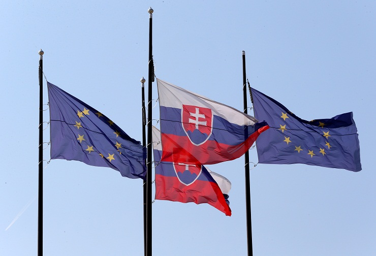 Analysis sees progressive evolution in Slovak civil defamation cases New jurisprudence said to help rein in excessive protection for public officials